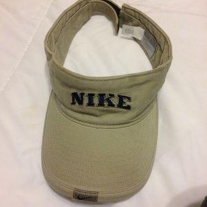 Vintage Nike Tan Visor